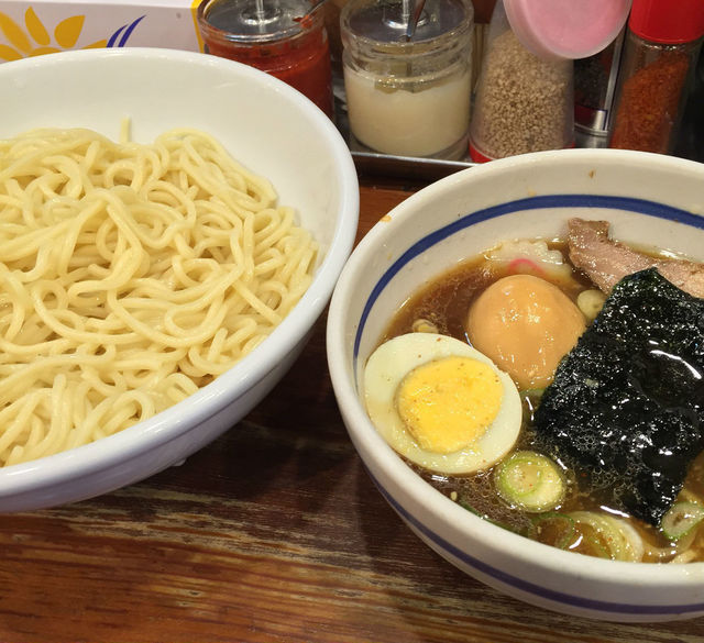 豚骨魚介から明太子を煮込んだ濃厚スープまで!池袋東口でつけ麺が食べられるお店4選!