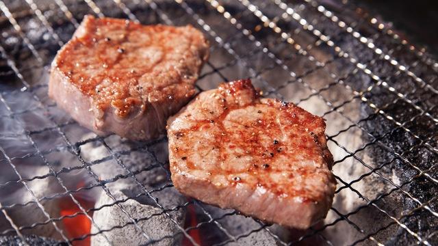恵比寿で焼肉デートをするならこの店8選!デートコースやお祝いには肉ケーキ!