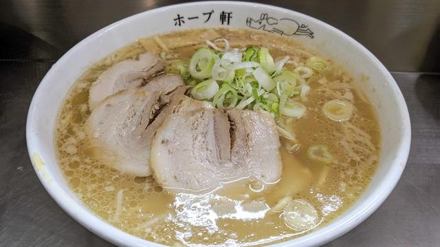 【24時間営業】元祖背脂豚骨、千駄ヶ谷ホープ軒のラーメンは東京で1度は食べるべき一杯
