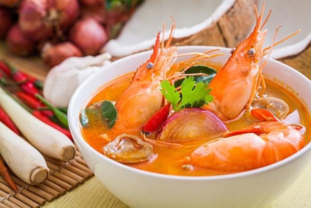 渋谷センター街のタイ料理店5選!タイ政府認定店のトムヤムクンに丸鶏まるごとガイヤーン