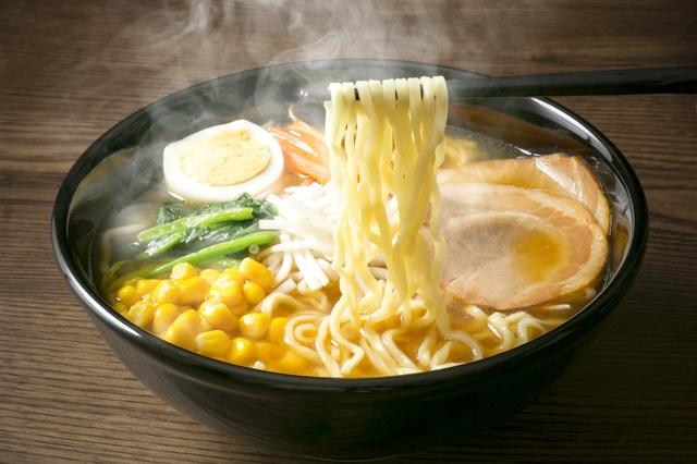 新宿で始発まで営業するラーメン店5選!超濃厚煮干しやにんにくのパンチが効いた一杯など