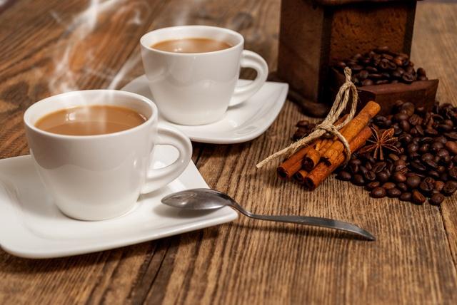 ランチタイムの後もゆっくりコーヒーが飲みたい。「カフェタイム」営業のお店5選!