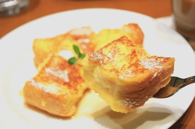 かりっ、とろ〜り♡今アツい、下北沢のフレンチトースト4選!