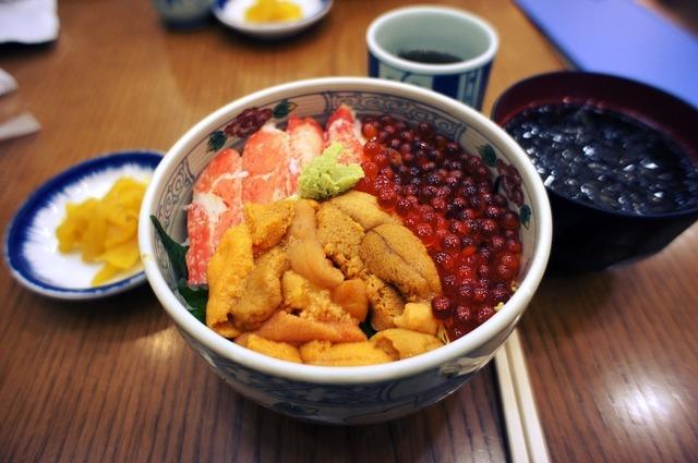 学生の街・お茶の水で海鮮丼を食す!厳選5店
