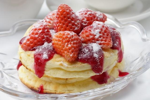 たっぷりクリームとからめてパクリ♪赤羽のパンケーキが美味しいお店5選!
