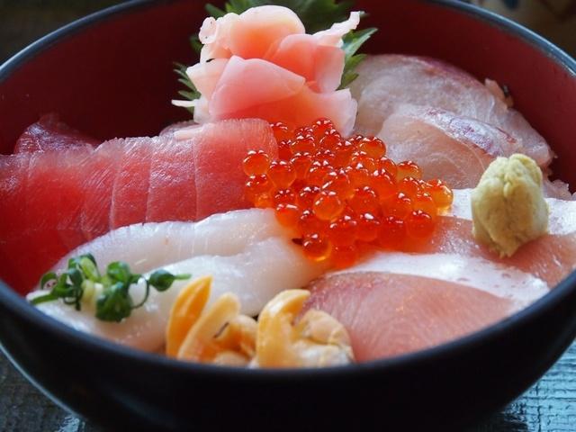 穴場もあり!?大森駅周辺で味わうお値打ち海鮮丼をご紹介!