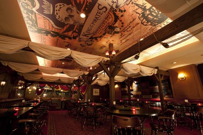 お台場で船上のハロウィンパーティー!海賊船レストラン『キング オブ ザ パイレーツ』にハロウィン限定メニューが登場!