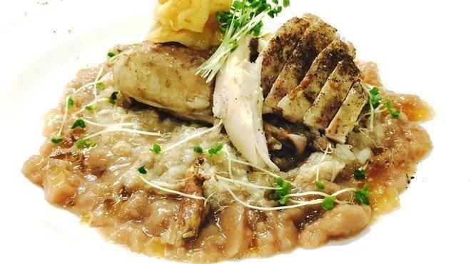 甘辛い肉に濃厚チーズが絡みつくチーズフォンデュがいただける!代官山の韓国×フランス料理『Blista』