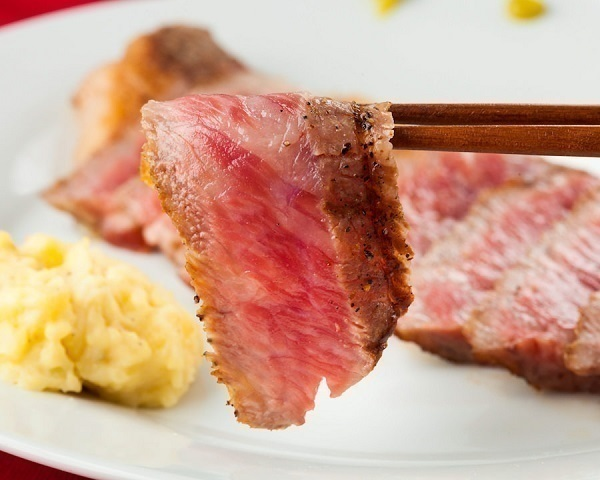 三度の飯より肉が好き!あなたの食欲を満たす東京都内のステーキ食べ放題10選