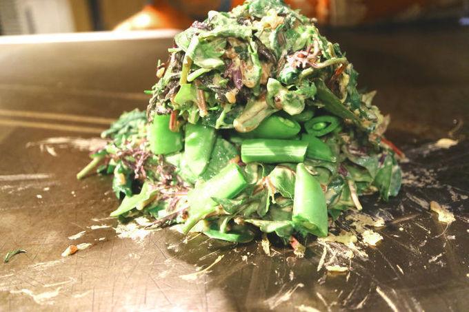 こんなの初めて!あれもこれも野菜づくしのお好み焼きから新感覚のメニューも!神田『玄氣』