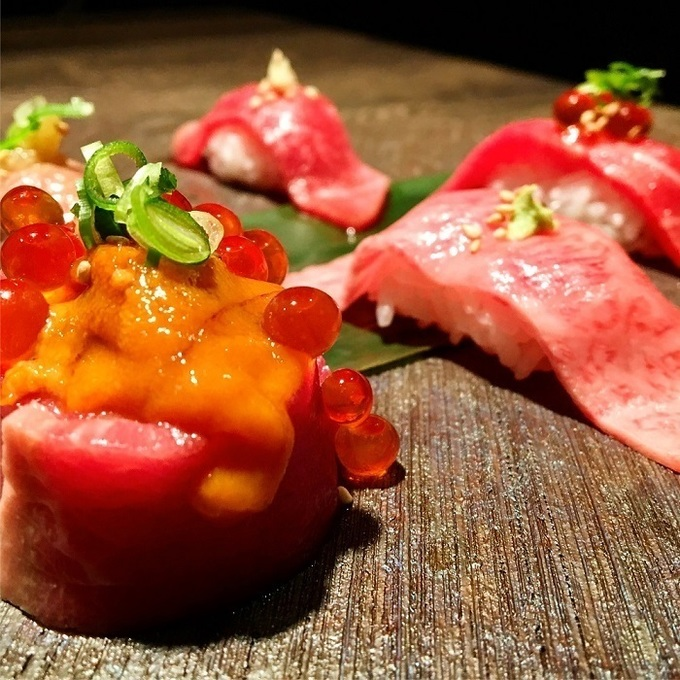 今日はガッツリ食べる?それとも飲む?目的に合わせたコースが楽しめる『焼肉ますお 新宿本店』