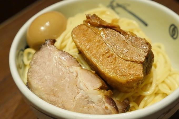 甘辛つけ麺に、プリプリのエビ水餃子!『麺屋武蔵 蒲田店』だけの味を食べてみた