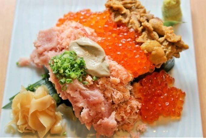 【6月まで延長!】ウニにイクラ、カニにマグロ!恵比寿で「こぼれ寿司」が無料に。さぁ急いで電話予約だ!