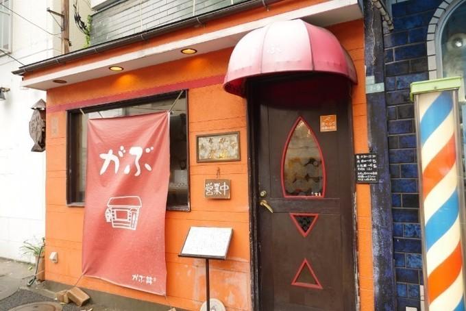 """衝撃のインパクトに""""いいね""""殺到!?都内の""""デカ盛り丼""""が食べられるお店5選"""