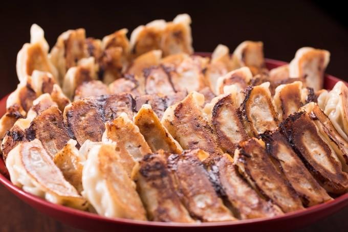 新宿で食べるべき餃子ランチ8店!ワンコイン以下に創業190年以上の老舗餃子も!