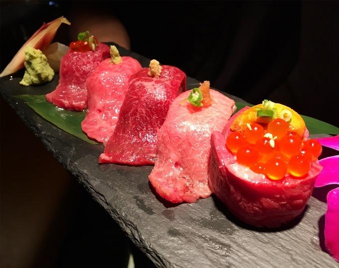 【新宿】幻の黒毛和牛×ウニ×いくらに舌鼓。がっつり焼肉やとろける肉刺しで極上時間を。『焼肉ますお』