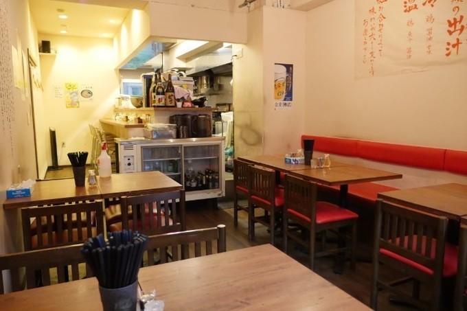 【西新宿五丁目】コリコリの鶏肉が特徴の「冷たい肉そば」がうまい!『肉そば家 笑梟』