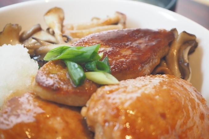 月曜に30食だけ食べられる『銀座フォワグラ』の幻のフォアグラ丼