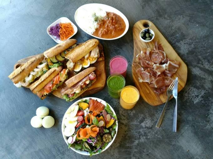 """【荻窪】ランチで利用したいカフェ5選!ジューシーな和風ステーキ丼や""""ふわとろ""""オムライスも。"""