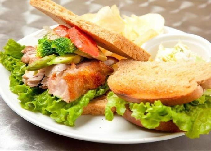 【原宿】SNS映えするカラフルサンドに南米サンド!人とは違うお昼が楽しめるおすすめカフェ4選