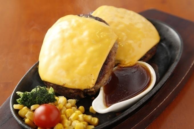 【草加】1,000円で最大400gまで増量可能!毎月お得にステーキが楽しめる『肉の村山』がオープン