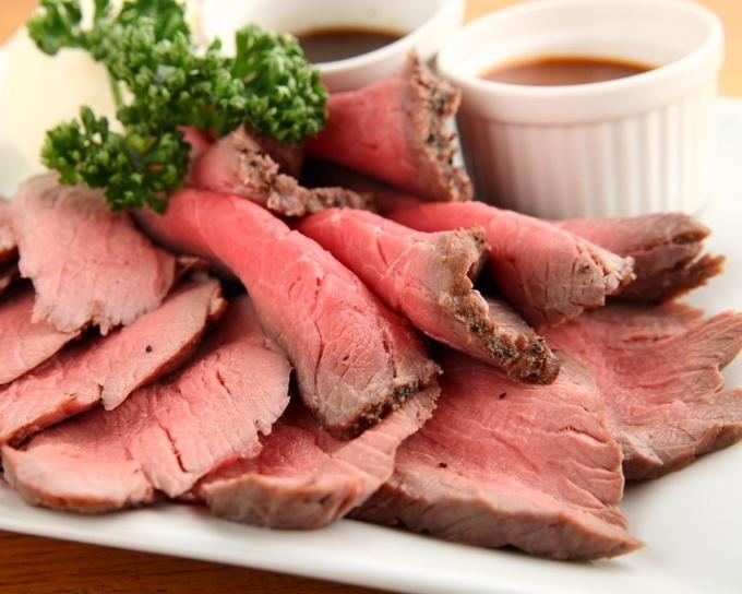 心ゆくまで肉!肉!肉!新宿でローストビーフ食べ放題が堪能できる店5選!
