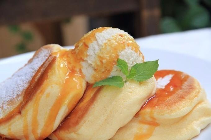 銀座に『幸せのパンケーキ』が開店!12月23日より「薔薇と国産いちごのパンケーキ」も先行販売!