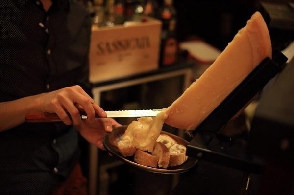 【船橋】今夜はしっぽり飲みたい。カウンター席のあるこだわりワインのお店5選!