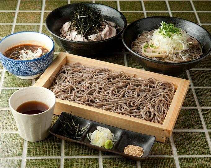 【川崎】新鮮なウニと生肉のコラボ!濃厚な味わいが楽しめるウニの和牛巻きも。『夜ノ森』