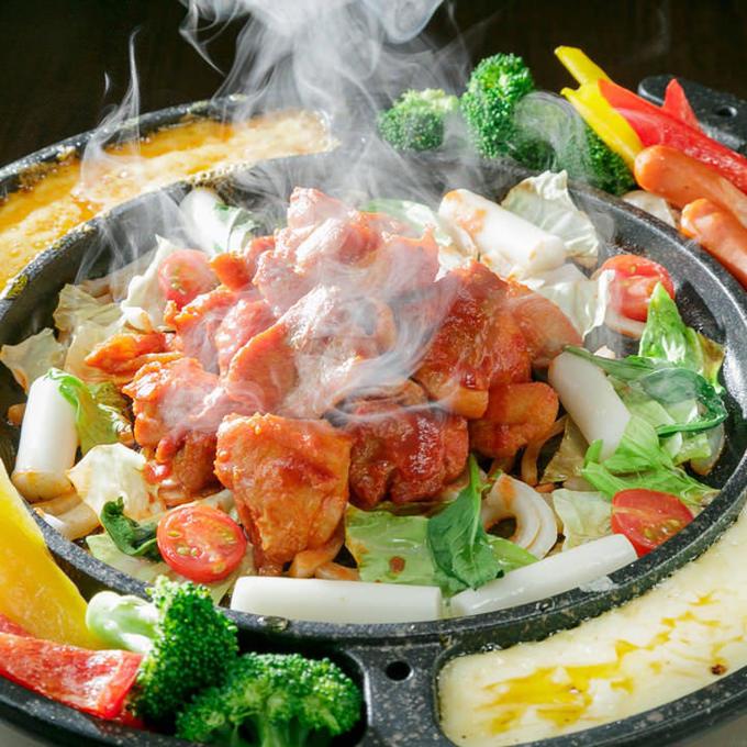 【江坂】まるでチーズのナイアガラ!ラクレットチーズで肉を埋めつくせ!!『炭火とお肉』