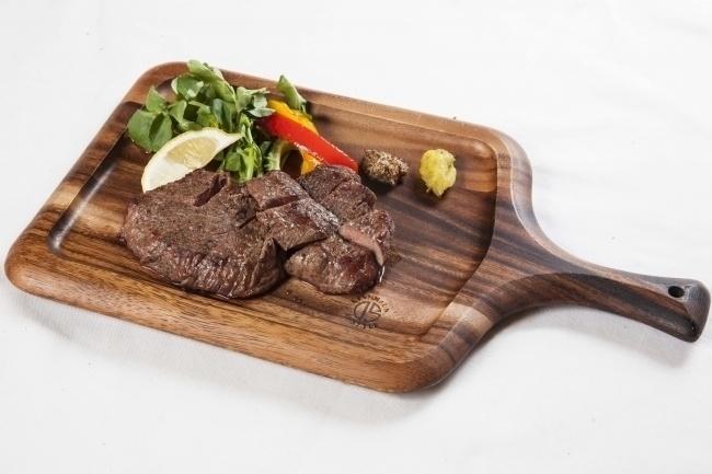 厚切りステーキが一生無料!?4月16日、沖縄にオープンする肉炉端バル『肉武士』で限定イベント開催!