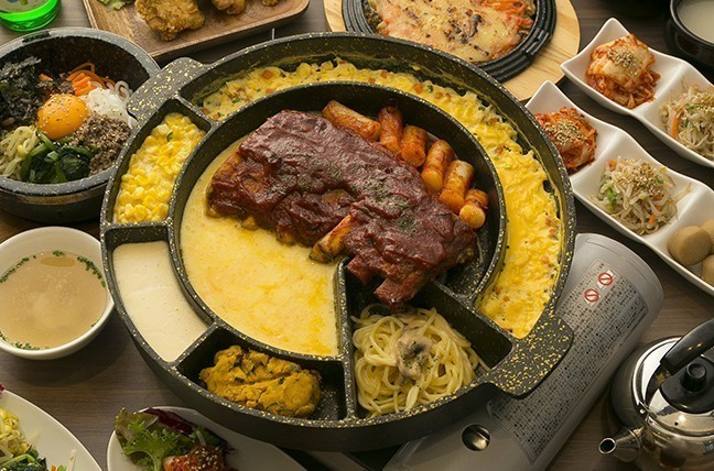 """【天神】""""ソラリア""""でショッピングの後は、話題の韓国グルメでお腹を満たそう『bibim'』"""