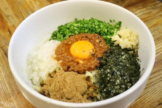 【日吉】決めては味噌にあり!?ガツンと効いた濃厚魚介出汁のつけ麺が自慢『金太・あびすけ』