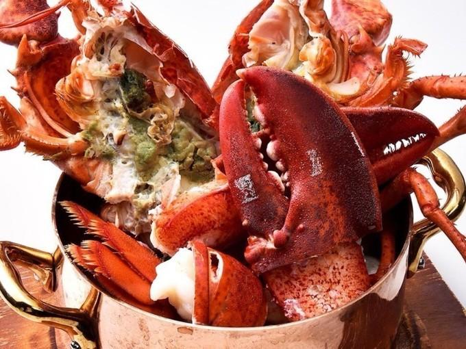 【新橋】鍋から溢れる巨大蟹を豪快にカブリつけ!シーフードバル『FISHERMAN'S BAR』