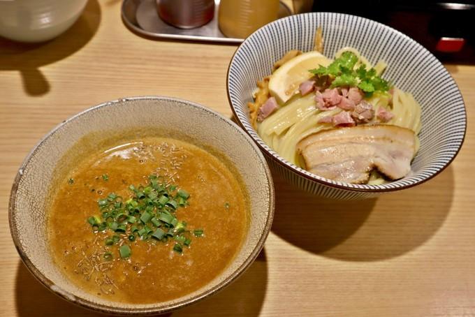 世界各国の羊料理を東京で味わおう!丸焼きにラーメンも!?都内の羊肉料理店10選