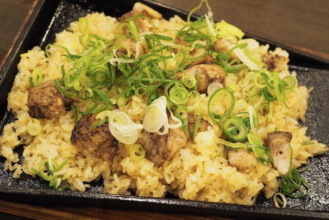 【会津若松】音と香りが食欲をそそる⁉︎炭火焼地どりから溢れる甘い肉汁が堪らない『山内農場』