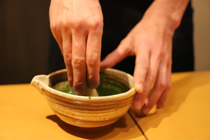【期間限定】食べてみないとわからない!食べたらクセになる「抹茶で食べるしゃぶしゃぶ」新宿『おかか』