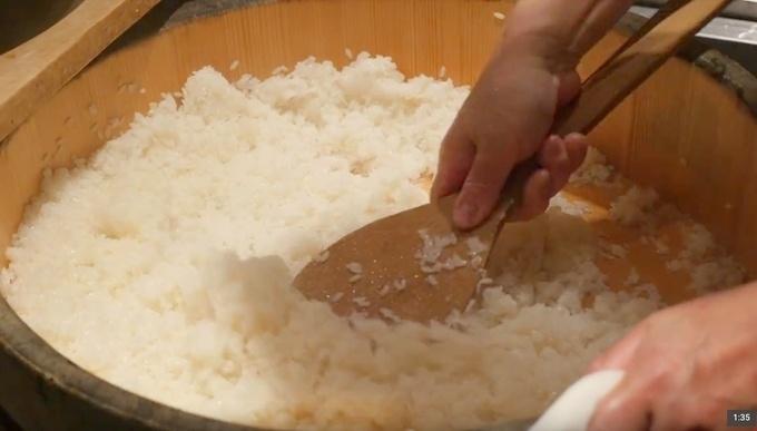 西麻布で愉しむお忍び寿司会席。寿司職人と日本料理の職人の技が光る料理に舌鼓『寿司 はせ川』