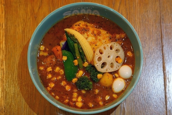 【原宿】北海道で話題のスープカレーは組み合わせ無限大!スープも具材も辛さも自分好みで『SAMA』