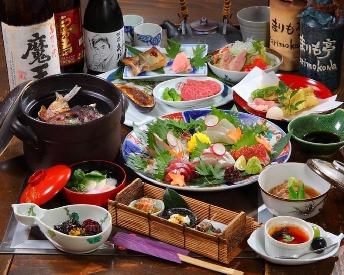 【三宮】会食に最適になるよう作り上げられた特注コースを大正ろまんあふれる個室で味わう『まりも亭はなれ』