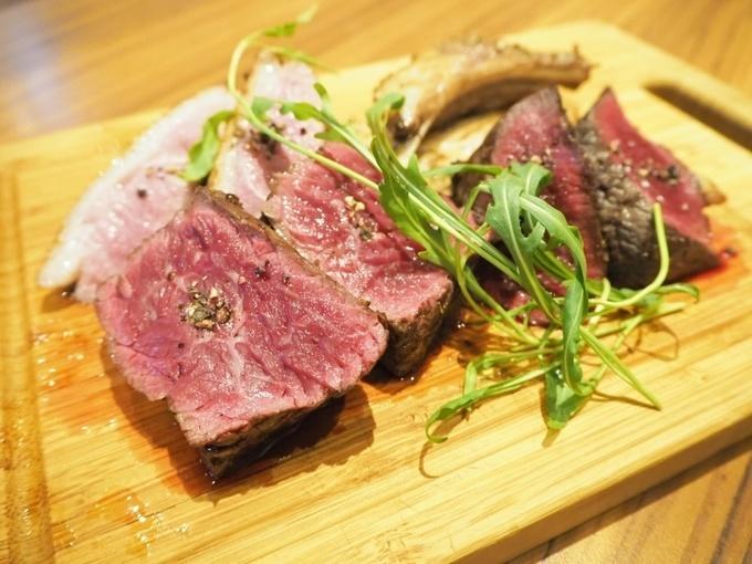 【京橋】熟成牛のイチボは旨味と芳醇な香りが格別!多彩な肉料理が盛りだくさんの『Transit』