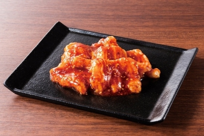 【新宿三丁目】ドリンク全品100円に!新鮮ホルモン焼肉を楽しめる『ぐう』がオープン記念イベント開催