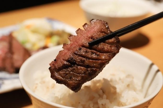 【横浜】厚さ13mmの牛タンがジューシーすぎる!あの『トラジ』が手がける牛タン専門店『たん之助』