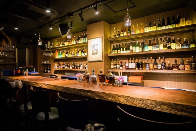 【新橋】オトナの雰囲気で一流ホテル出身のバーテンダーが腕を振るう最高の1杯を『Bar てつ』