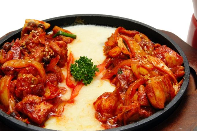 【自由が丘】フライドチキン×とろ〜りチーズ!『コッビン』で話題の韓国グルメを体験せよ!