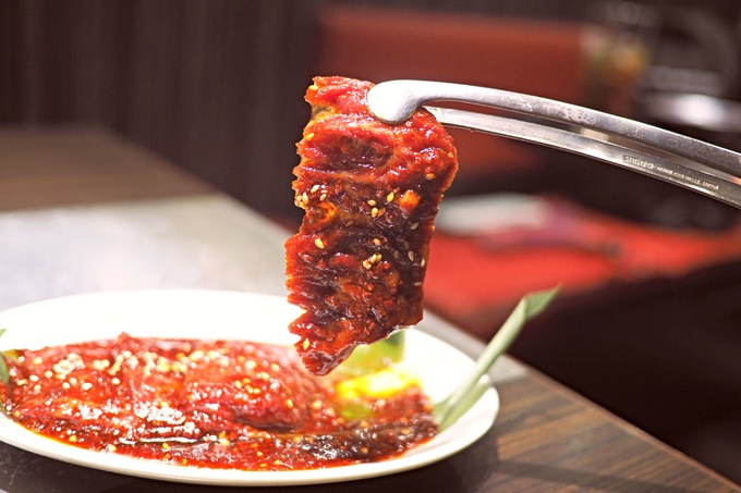 辛さは選べる5段階!秘伝のウマ辛ダレで食べる絶品焼肉がクセになる!『玄風館 龍』
