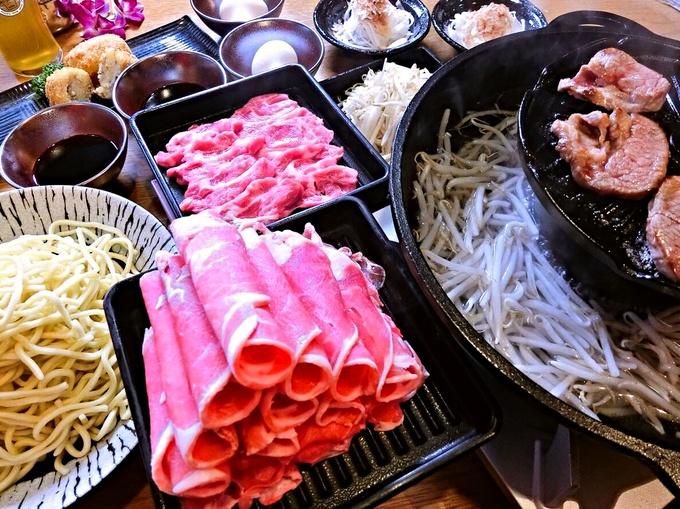 【新宿】極厚カットのラムステーキが驚くほど柔らかい!羊肉尽くしの専門店『狐白』