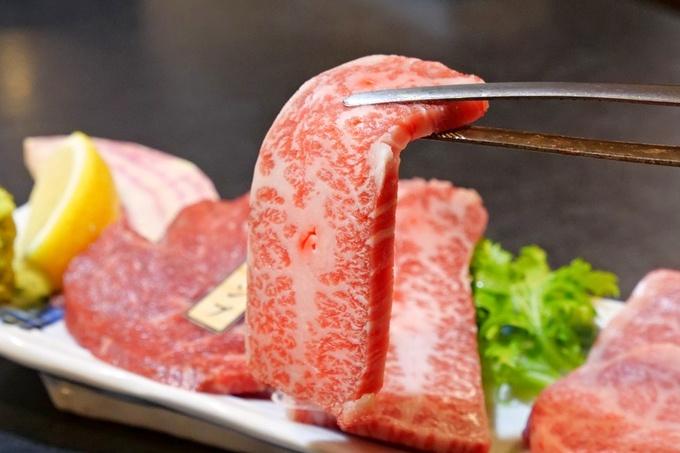 【関内】高級和牛の希少部位を食べ比べ!卸直営・一頭買いだからできる品揃えと価格『犇和』