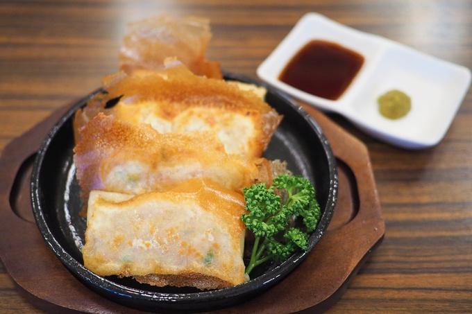 【平井】『からあげグランプリ』で3年連続ファイナリスト!お酒を片手に鶏料理も!『鶏のチョモランマ』