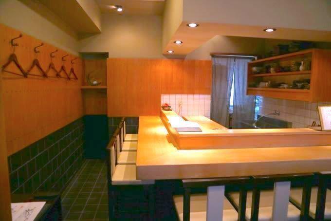 【曙橋】幻の「のどぐろ」は必食!日本の旬食材を肴に日本酒を愉しむ割烹『根もと』